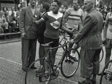 Wie was in 1952 de snelste in de wielerronde van Helmond?