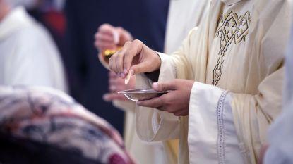 """Meer dan 1.000 kinderen misbruikt door honderden priesters in VS, sprake van """"systematische doofpot"""""""
