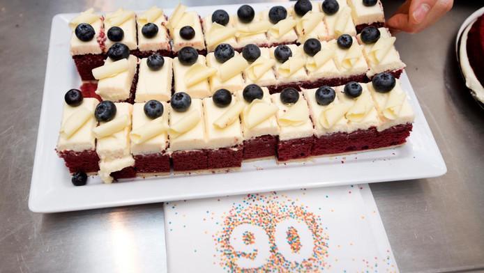 gratis taart hema HEMA viert verjaardag met gratis taart | Delft | AD.nl gratis taart hema