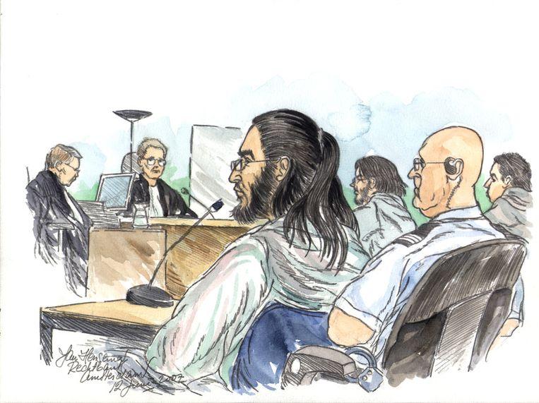 Samir A. tijdens de zittingsdag in de extra beveiligde zittingszaal in Amsterdam Osdorp, in juni 2007 Beeld anp