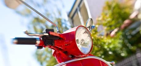 Ossenaar stal scooters in Schaijk en Uden