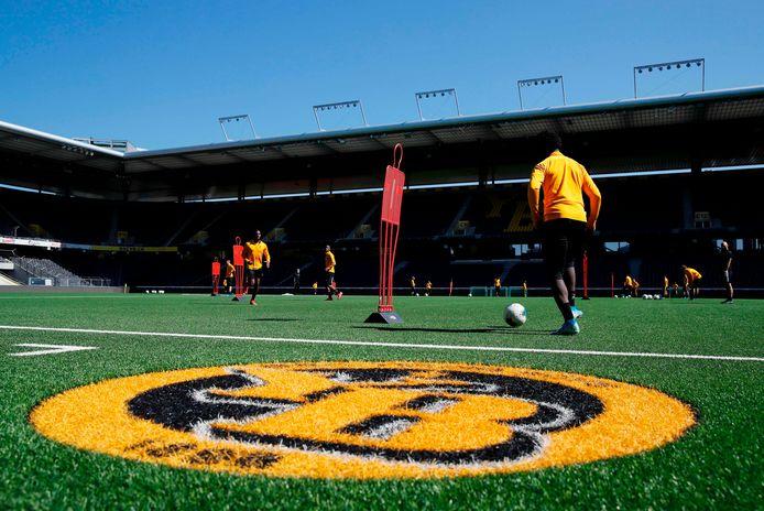 In het Stade de Suisse van Young Boys wordt op kunstgras gevoetbald.