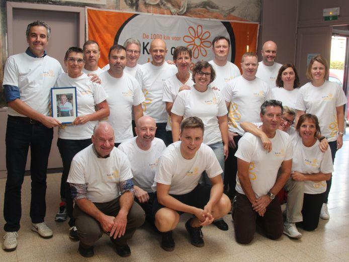 De 20 leden van Biekes Team nemen tijdens het Hemelvaartweekend zonder twijfel in hun gedachten de net overleden teamgenoot Luc Van De Veire mee.
