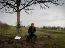 Bankje in de polder is de favoriete plek van Theo (71): 'Dit is het kruispunt van mijn leven'