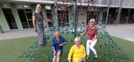 Vier juffen van Aalster basisschool met pensioen. 'Juf, je maakt alle mannen gek'