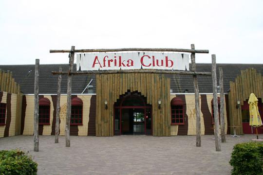 De oorspronkelijke ontwerpen voor de Africa Club, die toen nog Afrika Club heette.