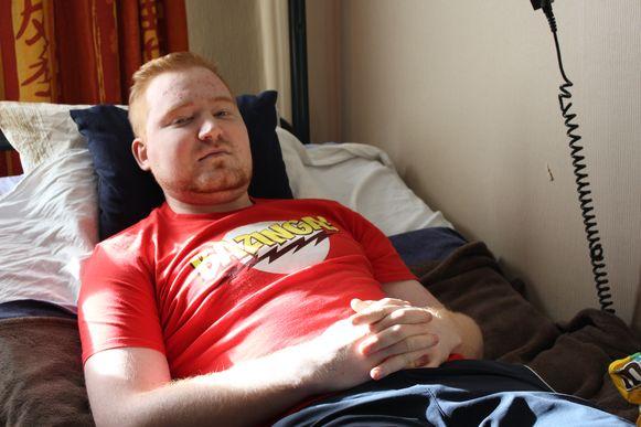 Andy Van Coppernolle in zijn ziekenhuisbed thuis.