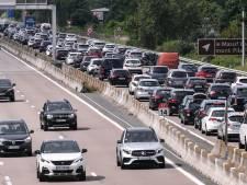 La patience est de mise sur la route des vacances: il y a déjà des embouteillages partout
