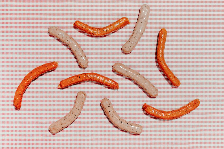 Vegaworsten, binnenkort mogelijk vegetarische 'tubes' of 'vingers' genoemd. Beeld Damon De Backer