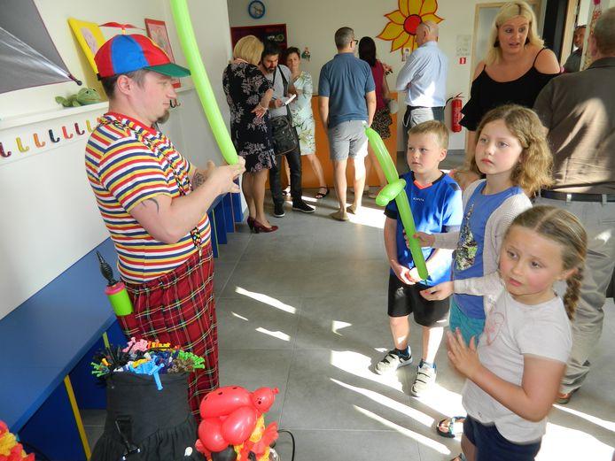 Een beeld uit 2018 bij de opening van de kinderopvang in Lotenhulle.