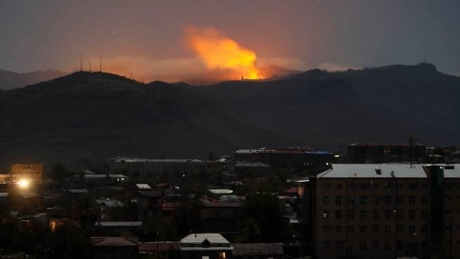 Zware gevechten in Nagorno-Karabach: woonwijken beschoten met raketten