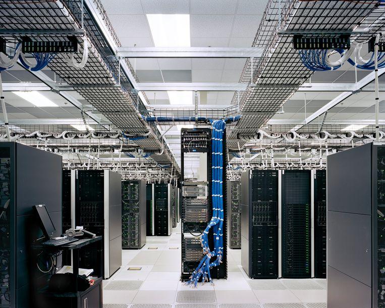 De komst van datacenters is omstreden omdat ze veel energie verbruiken.  Beeld Simon Norfolk / Nb Pictures/H...