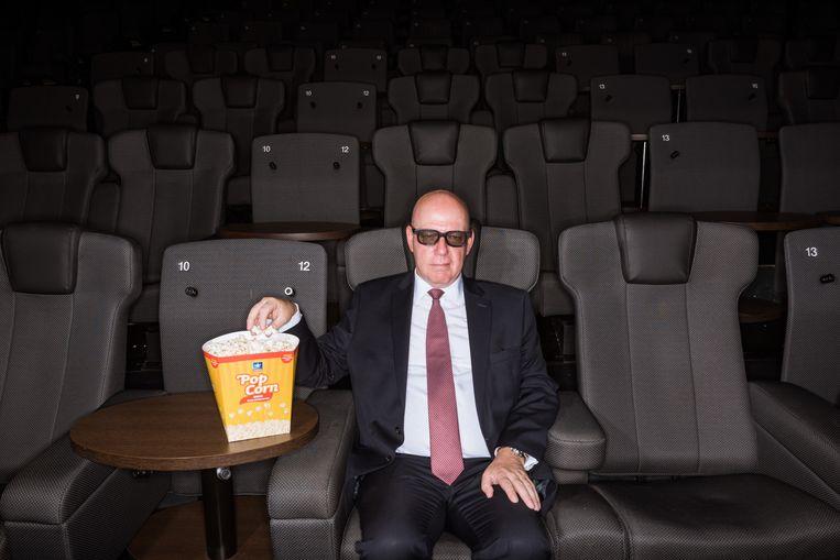 'Een bioscoop lijkt doodsimpel: een filmdoek, popcorn en cola. Maar ik kan u verzekeren: nu pas, na bijna 14 jaar, krijg ik het gevoel dat ik het helemaal snap.' Beeld Wouter Maeckelberghe