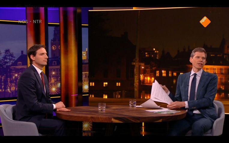 Jeroen Wollaars interviewt Wopke Hoekstra voor 'Nieuwsuur' Beeld