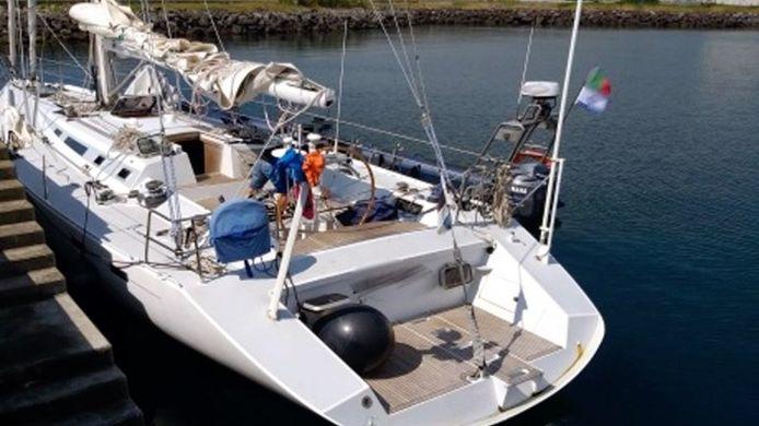 De zeilboot waar aan bord 500 kilo cocaïne werd gevonden