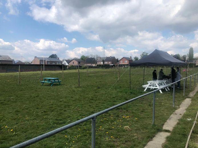 Het buurtterrein komt op het voormalige voetbalveld van vrouwenploeg Eva's Kumtich.