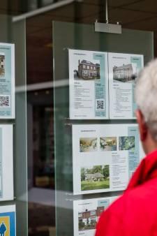 Twentse huizenprijs door het dak: 'Er gaan mensen in de problemen komen'