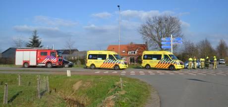 Fietsers gewond door botsing met auto in Horssen