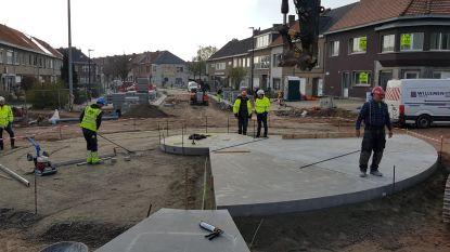 Rotonde op tunnel Boudewijnlaan krijgt stilaan vorm, voorbereidende werken aan viaduct