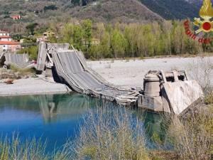 Un pont s'effondre en Italie: un drame évité grâce au confinement?