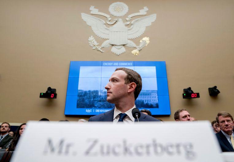 Mark Zuckerberg vorig jaar, net voor zijn 'House Energy and Commerce'-verhoor in Washington.  Beeld AP