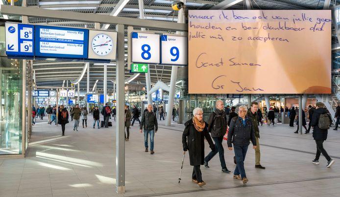De stationshal van Utrecht Centraal en het briefje.