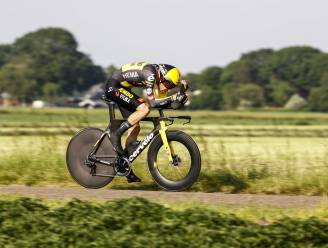Tom Dumoulin snelt naar Nederlandse titel in het tijdrijden