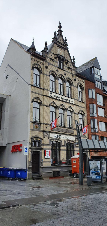 Hotel Turnova aan de Grote Markt in Turnhout.