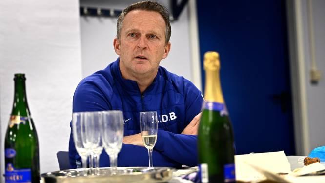 """Genk-trainer John van den Brom: """"Vijf wissels? Ik had liever vijf dagen vrijaf gehad"""""""