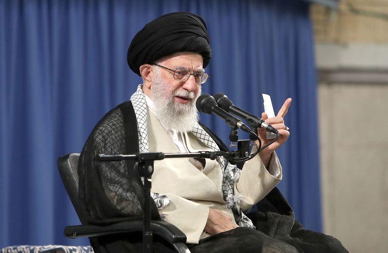 Trump heeft Iran onlangs nieuwe sancties opgelegd. Die zijn onder meer gericht tegen grootayatollah Ali Khamenei.