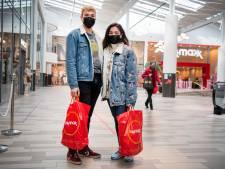 Hoera, winkelen mag weer: 'Ik heb 300 euro mee om eens flink los te gaan'