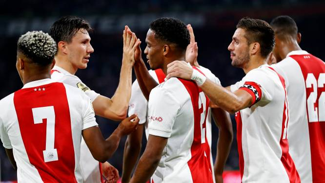 Uitslagen & stand in eredivisie: Ajax nieuwe koploper na dreun voor PSV