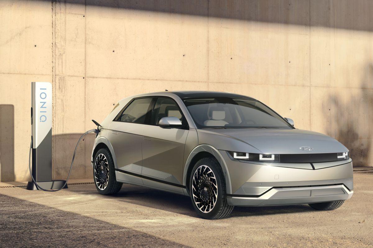 De nieuwe Hyundai Ioniq mag een caravan trekken met een gewicht tot 1600 kilogram.