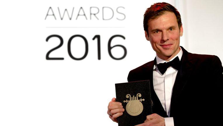 Duncan Stutterheim poseert met zijn prijs Beeld anp