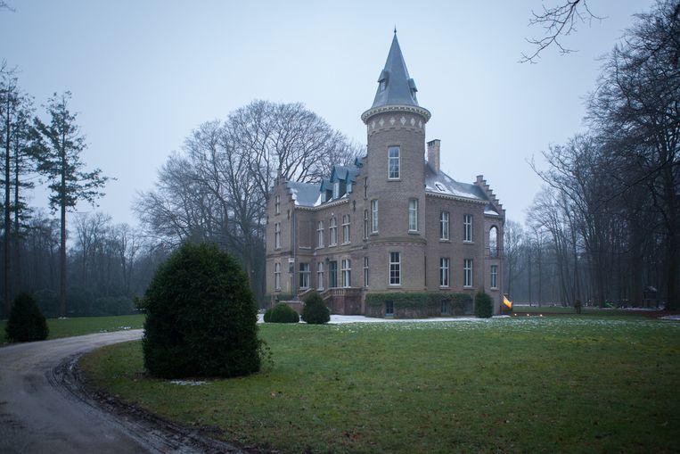 Het kasteel in Wingene waar het slachtoffer Stijn Saelens woonde. Beeld PHOTO NEWS