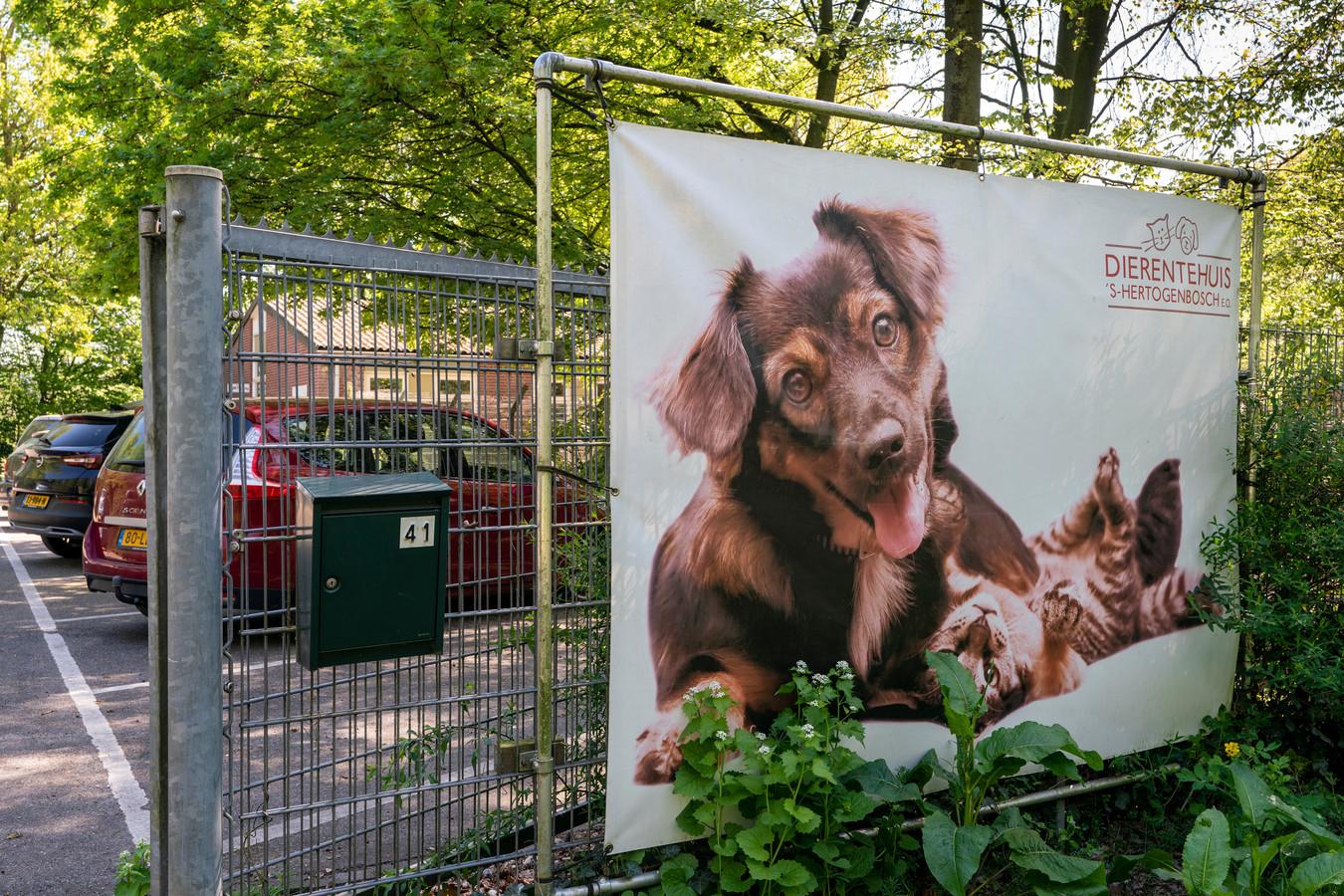 Het Dierentehuis aan de Oosterplas in Den Bosch