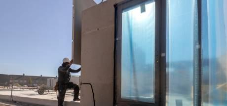 Hurks bouwt in Woensel supersnel woningen in zeventig dagen tijd; maar er wordt wel gewoon gemetseld