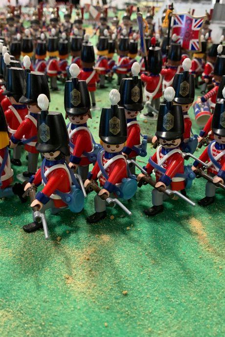 L'Empire napoléonien s'expose en figurines Playmobil à Waterloo