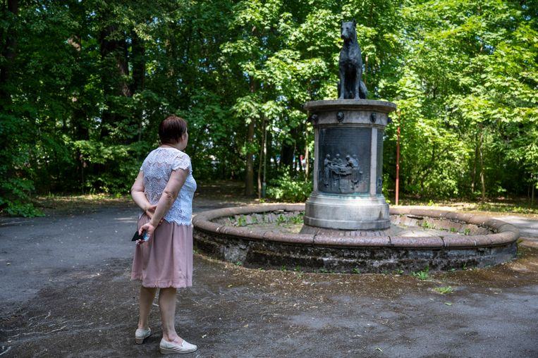 Deze fontein in de tuin van het instituut, die herinnert aan Pavlovs hondenexperiment, spuwt geen water meer. Beeld Yuri Kozyrev/Noor