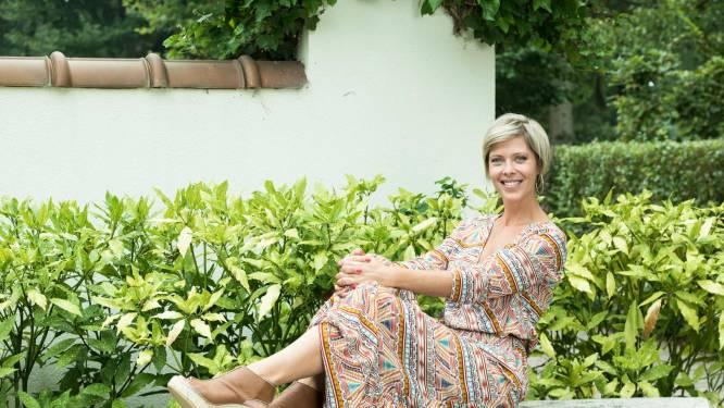"""Hanne Troonbeeckx (42) laat in haar portemonnee kijken: """"Ooit de pech gehad te investeren in een opleiding die niet bleek wat ik ervan verwacht had"""""""