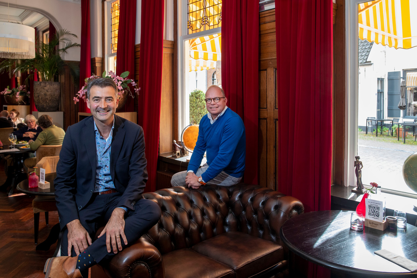 De nieuwe eigenaren van Hotel de Wereld, Hans Hooft (links) en Kees Hensen.