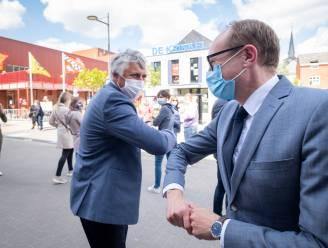 Minister Weyts huldigt nieuwbouwprojecten in, basisschool De Krinkel viert met digitaal schoolfeest