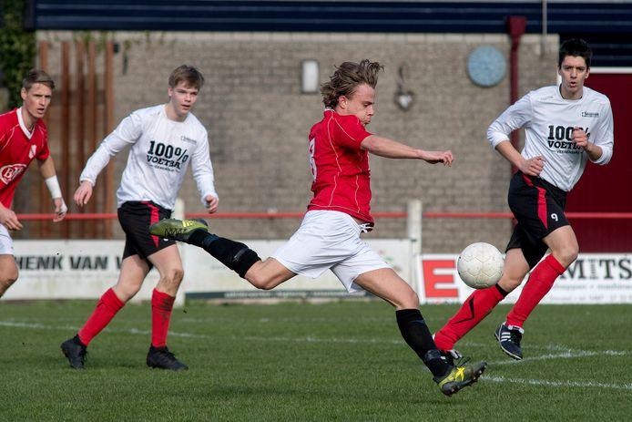 Echteld won op eigen veld met 1-0 van Kesteren.