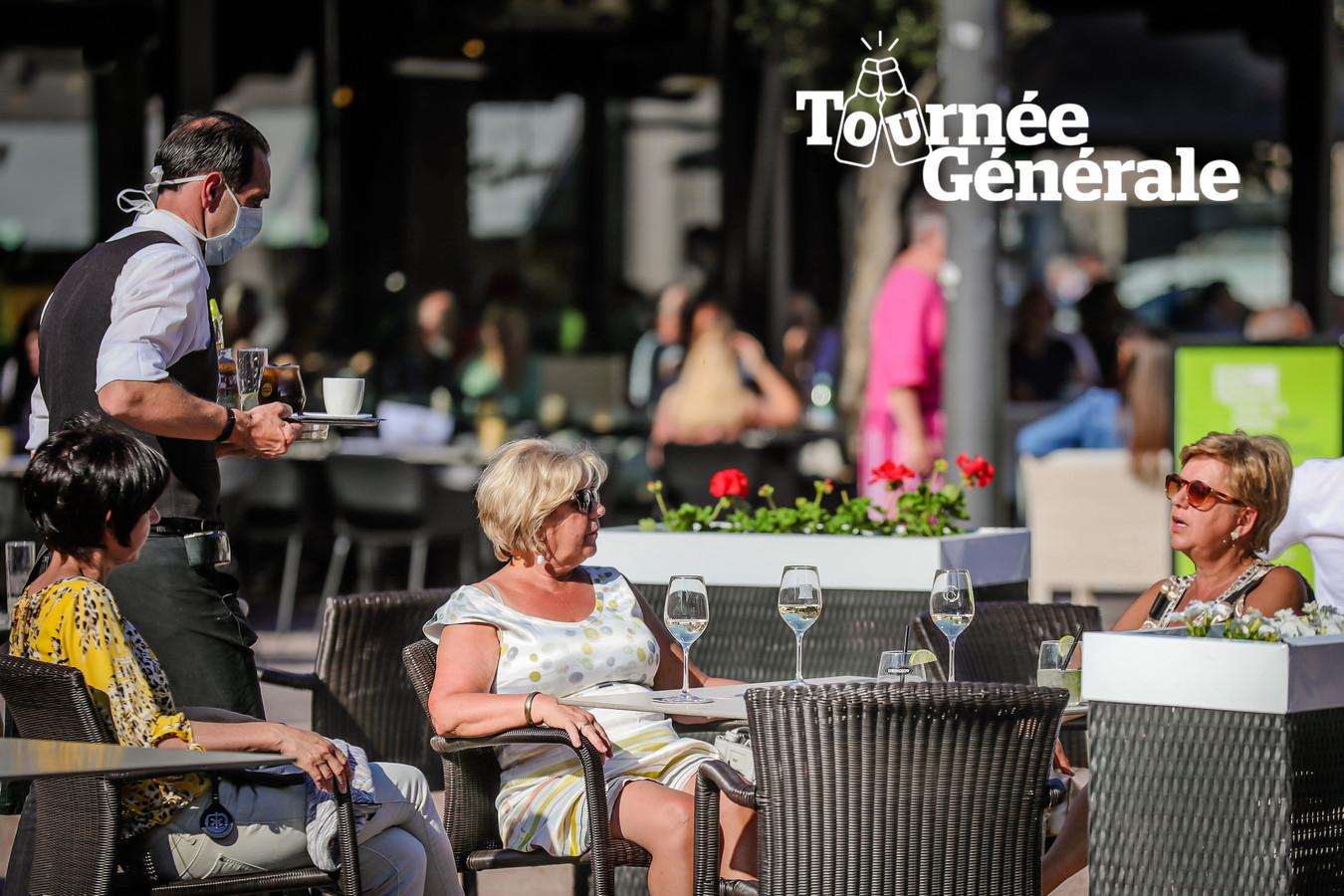 (Archiefbeeld) - Vanaf dit weekend kunnen we weer een terrasje doen in Genk.