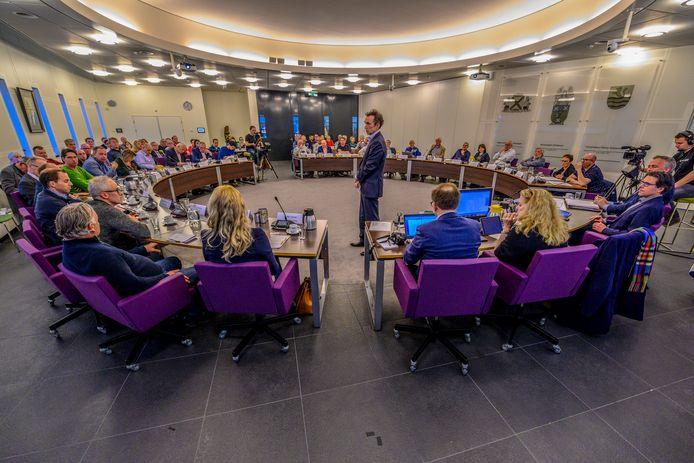 15-04-2019 - Steenbergen - Foto: Pix4Profs/Peter Braakmann - Diverse belangenorganisaties zijn aanwezig voor de grote rondetafelconferentie over arbeidsmigranten.