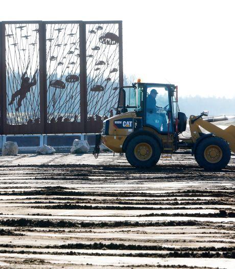 Werk aan de Ginkel, weg met de modderbende