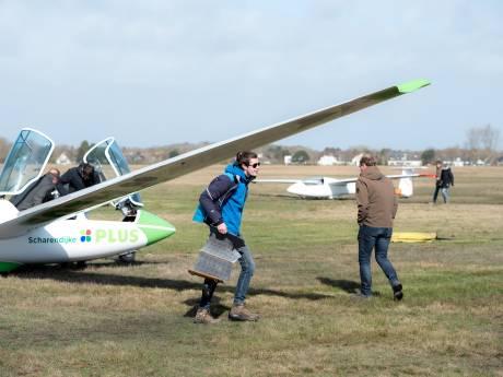 In Haamstede worden échte piloten gekweekt: de zweefvliegers worden niet zenuwachtig van een beetje wind