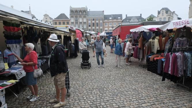 Marktbezoekers krijgen gratis koeltas tijdens Weekend van de Klant