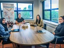 Hulp voor studenten die moeilijk aan baan komen: 'Soort van 'geluk' dat mijn naam niet Turks lijkt'