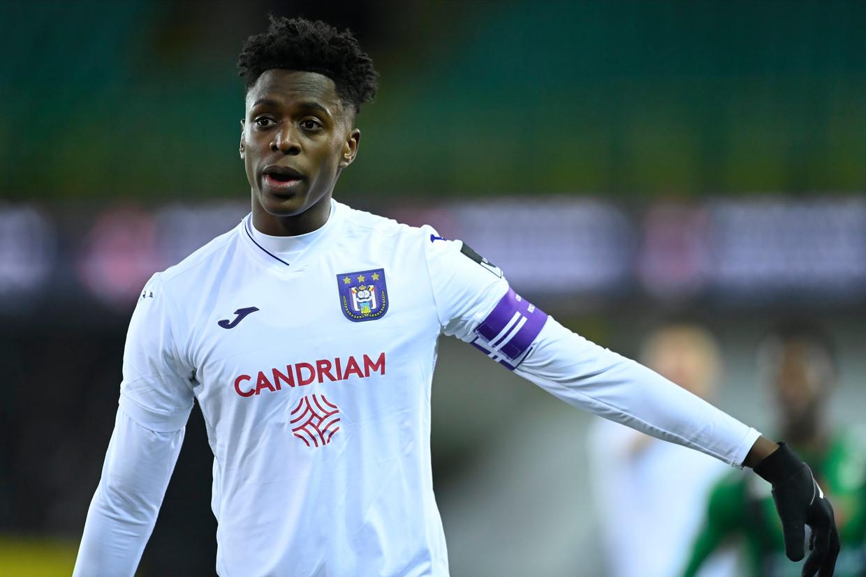 Albert Sambi Lokonga zoekt met Anderlecht revanche na de 0-0 tegen Cercle op de vorige speeldag. Beeld Photo News